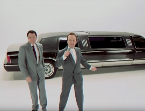 "Jimmy Fallon und Paul Rudd stellen das ""King of Wishful Thinking"" Musikvideo nach"
